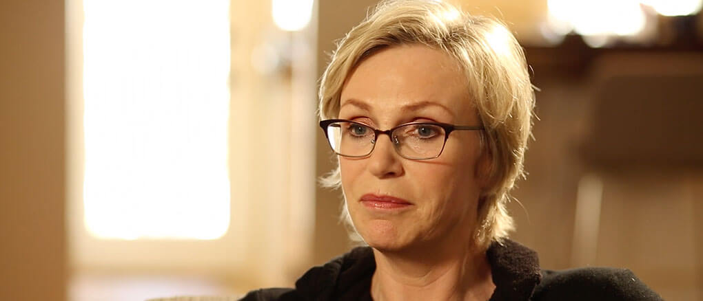 Jane Lynch video